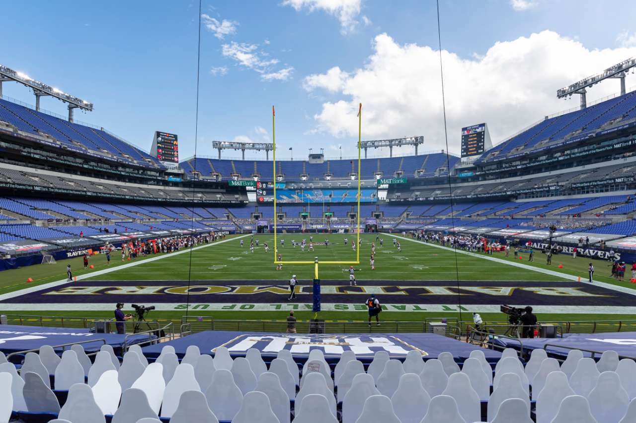 NFL fans games Ravens Stadium