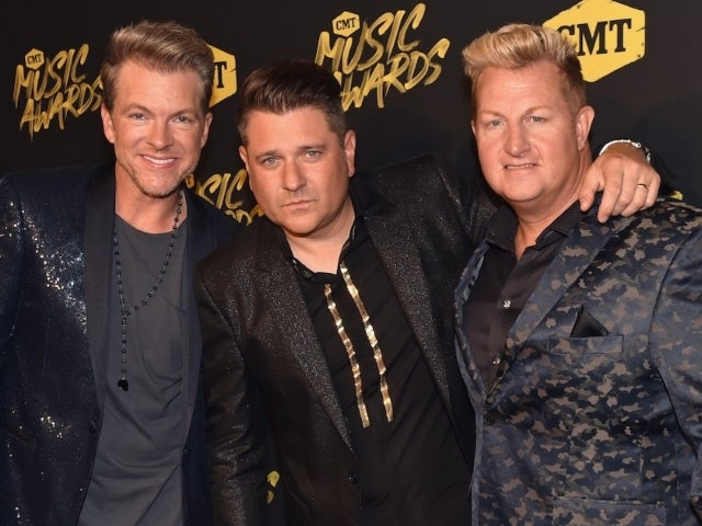 Rascal Flatts Shares Their Silver Lining of Thanksgiving During a Pandemic