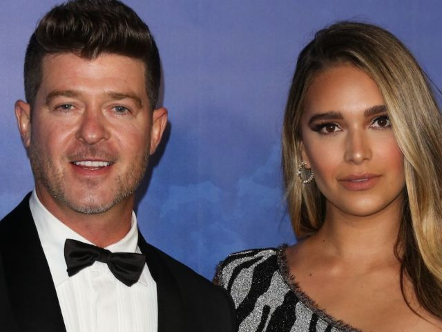 Robin Thicke and Fiancee April Geary Expecting Third Child, Shows off Baby Bump in Beach Photo