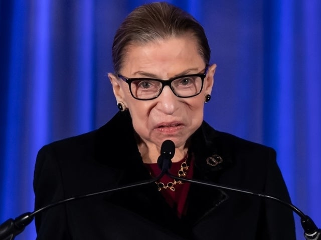Ruth Bader Ginsburg Dead: Hillary Clinton Honors Late Supreme Court Justice for Paving the Way for Women
