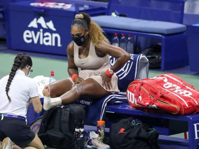 Serena Williams Twists Ankle in Final Set at US Open