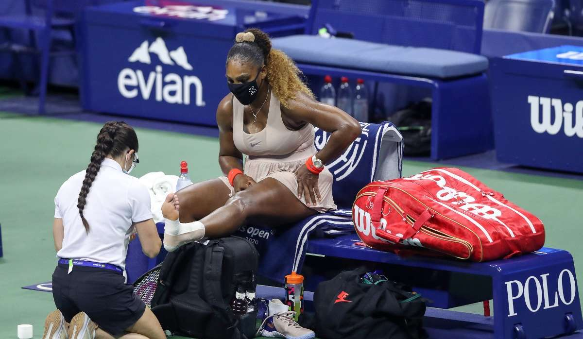 Serena Williams twist ankle US Open