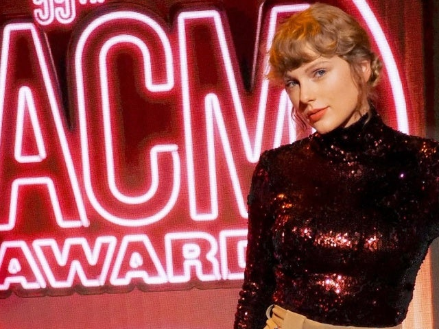 ACM Awards: Watch Taylor Swift's Grand Return to the Country Music World