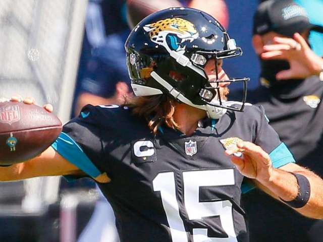 'Thursday Night Football': How to Watch Dolphins vs. Jaguars