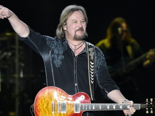 Travis Tritt Shows His Support for James Woods, Blocks 'Resisters' on Twitter