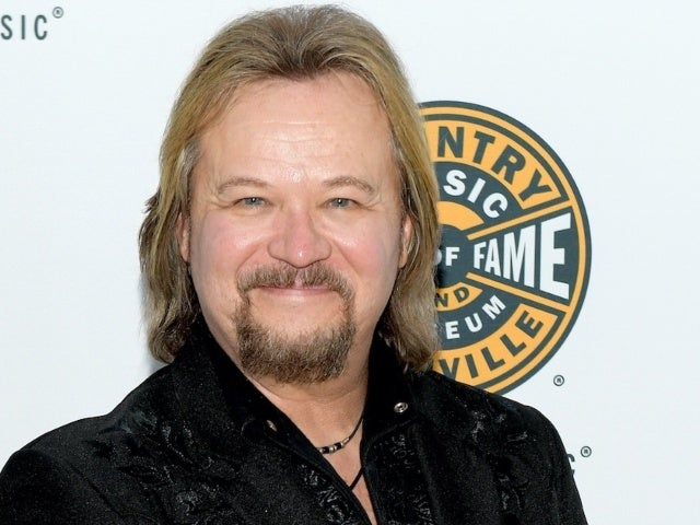 Travis Tritt Fuming After Photo Is Edited by Trolls Trying to 'Humiliate' Him