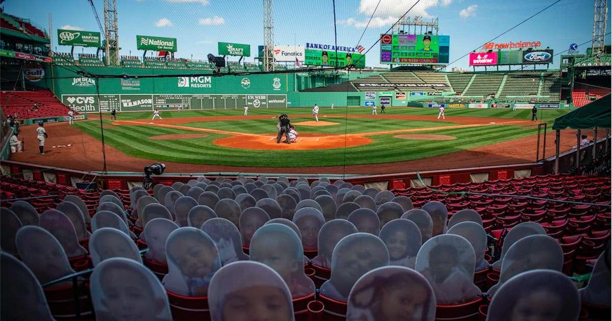 Yankees-Red-Sox-Fan