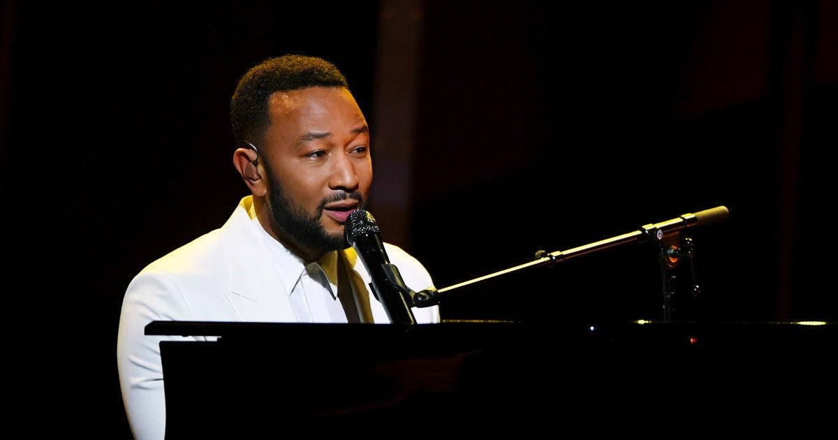 2020-billboard-music-awards-john-legend