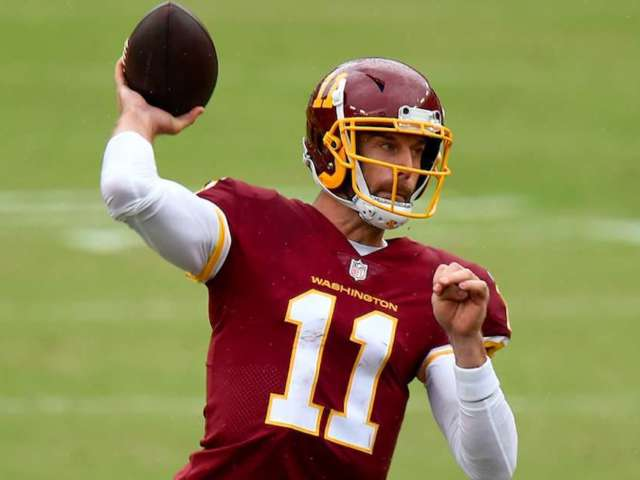 Alex Smith Takes NFL Field for First Time Since Gruesome Injury, and Fans Rejoice