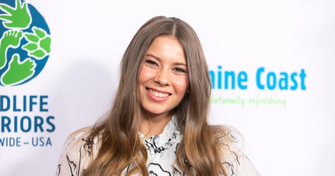 Bindi Irwin Shares Side-by-Side Twinning Baby Photos of Herself and Daughter.jpg