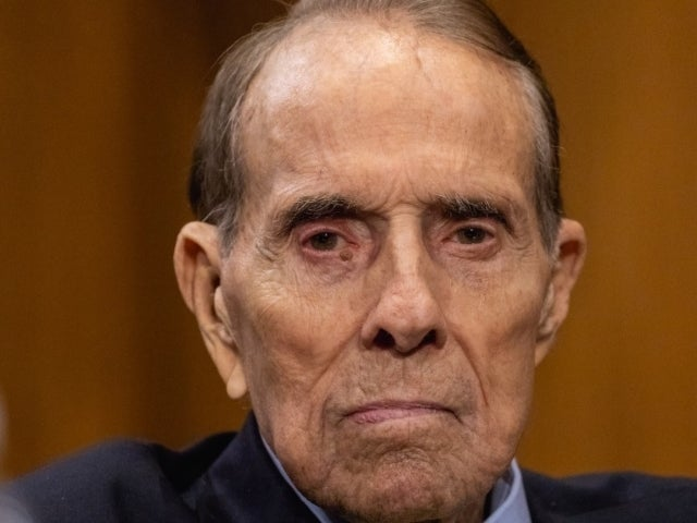 Bob Dole Goes After Presidential Debate Commission for Alleged Bias Against Donald Trump