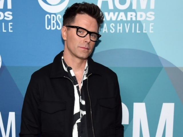 'Dancing With the Stars' Winner Bobby Bones Gets Engaged to Girlfriend Caitlin Parker