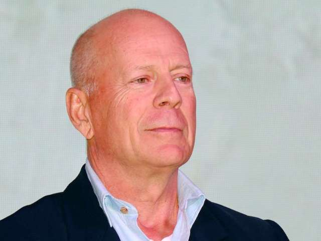 Bruce Willis Told to Leave Pharmacy for Not Wearing Face Mask