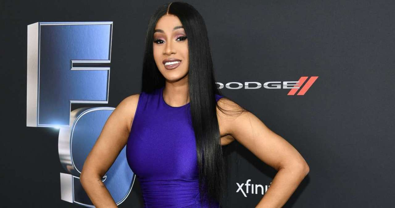 Entertainment • Cardi B accidentally leaks her own nude