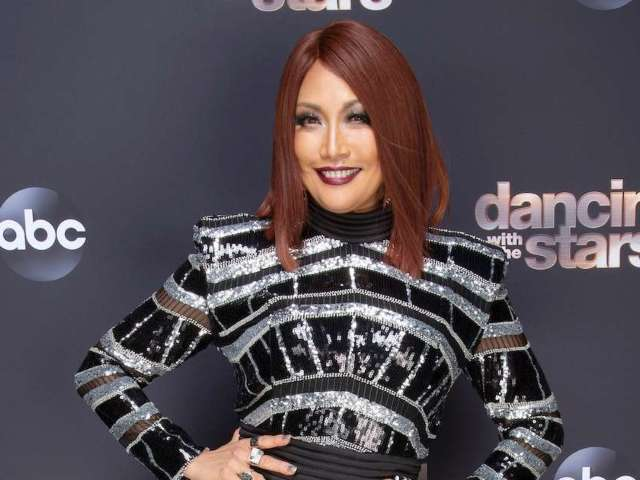 'Dancing With the Stars': Carrie Ann Inaba Dresses as Pennywise From 'It'