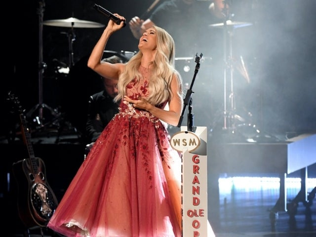 Carrie Underwood Donates ACM Awards Outfits to Online Auction for COVID Relief