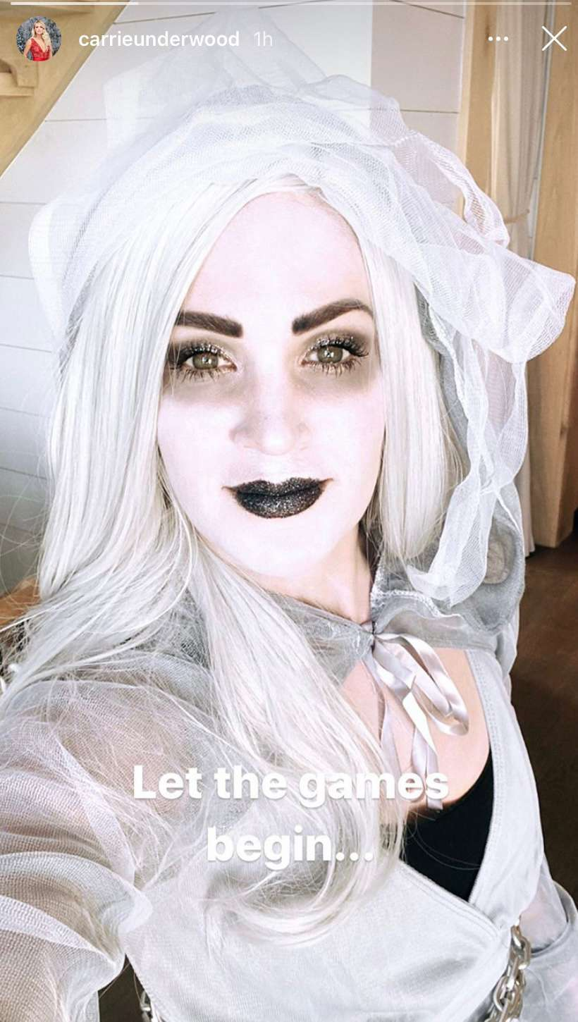 carrie underwood halloween instagram