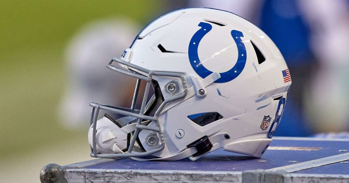 Colts Close team facility mulitple positive COVID-19 tests