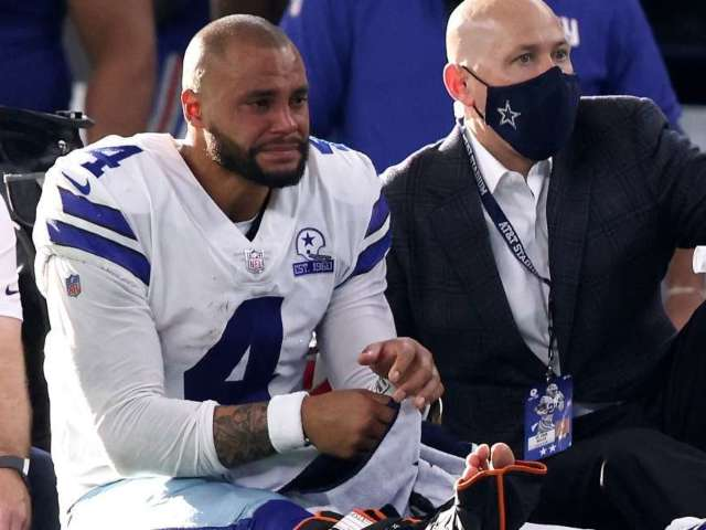 Dak Prescott Undergoes Surgery for Compound Fracture and Dislocation of Right Ankle