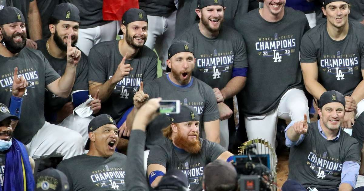 Dodgers quarantine 2 weeks COVID positive Justin Turner World Series celebration