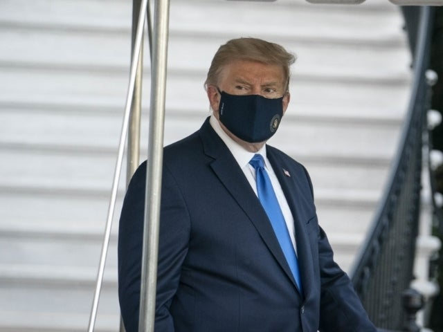 White House Official Says Masks Still Not Mandatory Despite Donald Trump Positive Coronavirus Diagnosis