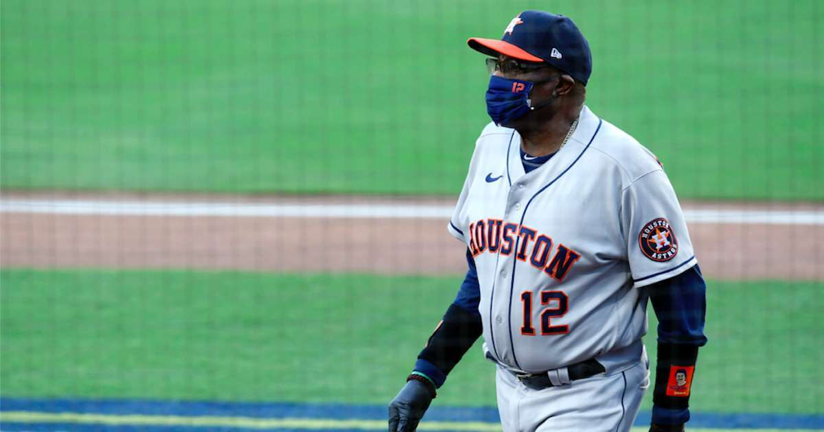Dusty-Baker-Mask