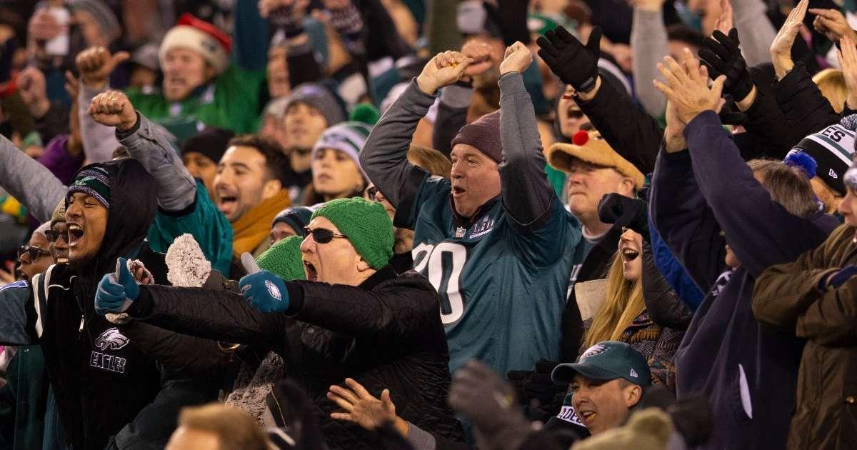 Eagles fan fight loss Ravens
