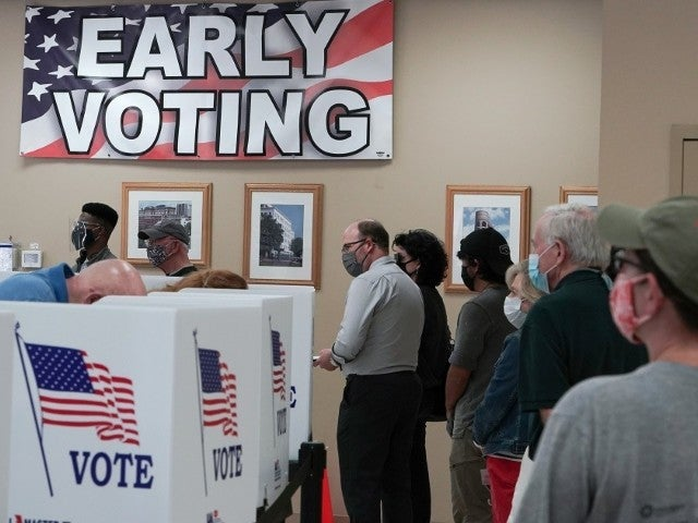 Memphis Poll Worker Fired for Turning Away Voters With 'Black Lives Matter' Shirts