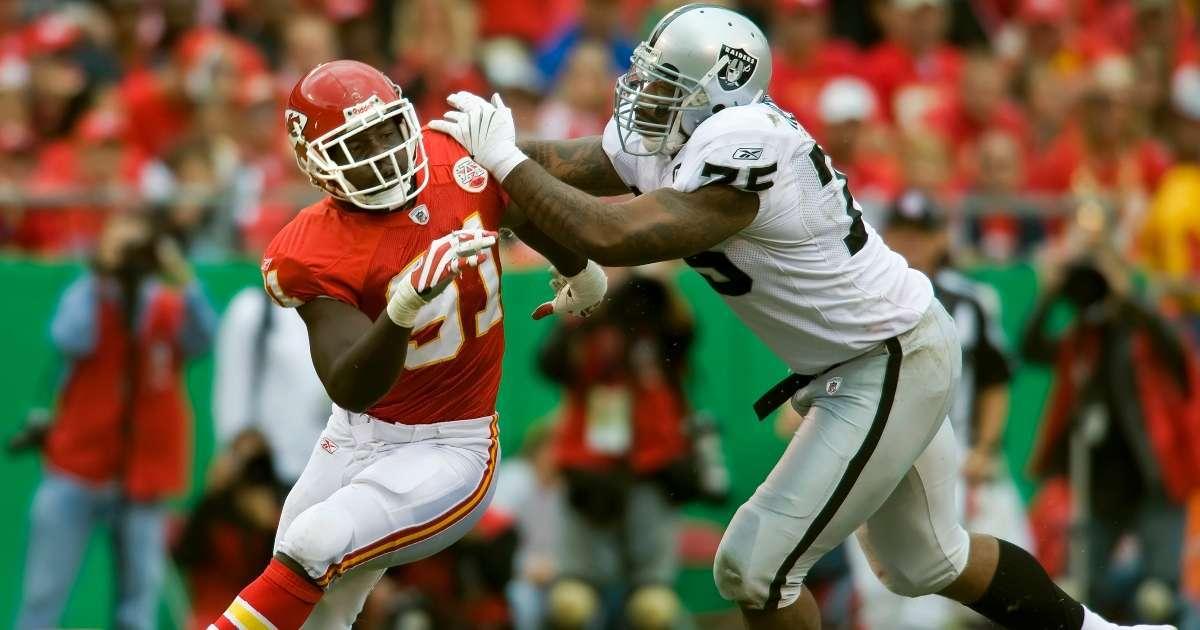 Former Raiders offensive lineman Mario Henderson dead 35