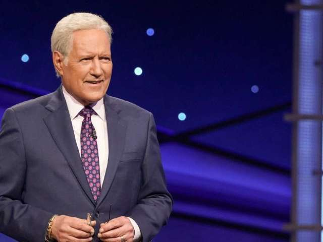 Watch 'Jeopardy!' Host Alex Trebek Announce an NHL Draft Pick