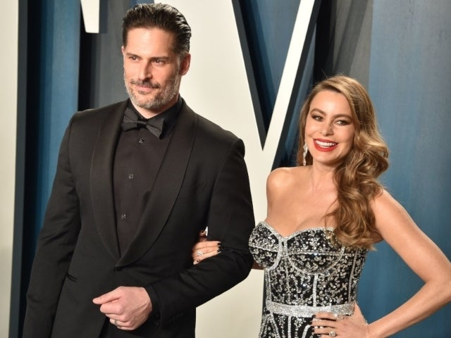 'Modern Family' Star Sofia Vergara Shares Throwback Wedding Photos on Her and Joe Manganiello's 5-Year Anniversary