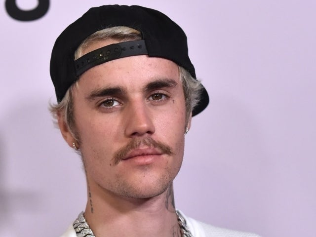 Justin Bieber Lashes out at 'Disrespectful' Fans Camping in Front of His Home