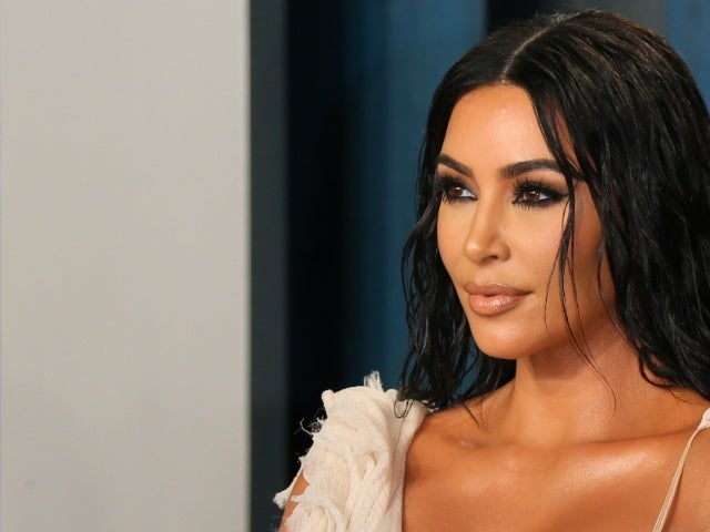 Kim Kardashian Cries While Recalling Paris Robbery in Emotional Interview With David Letterman