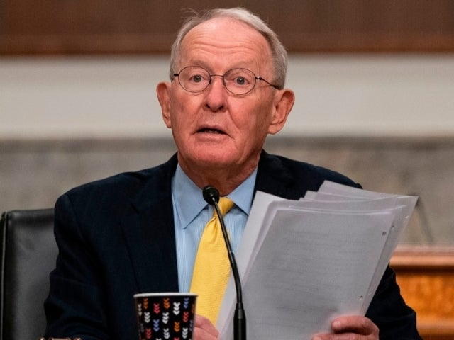 Stimulus: Republican Senators Scoff at Trump Administration's Latest Proposal
