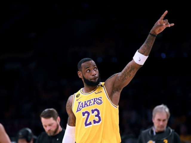 LeBron James Honors Kobe Bryant After Leading Lakers to NBA Championship: 'Hope I Made You Proud'