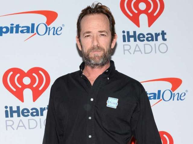 Luke Perry's '90210' Co-Stars Pay Tribute to Star on What Would Be 54th Birthday