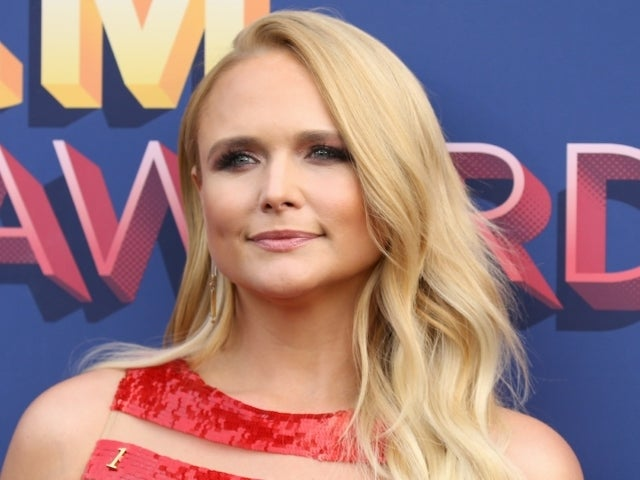 Miranda Lambert Mourns the Death of Her Dog Waylon: 'He Lived His Life With No Fences'