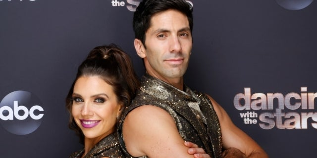 nev schulman jenna johnson getty images abc