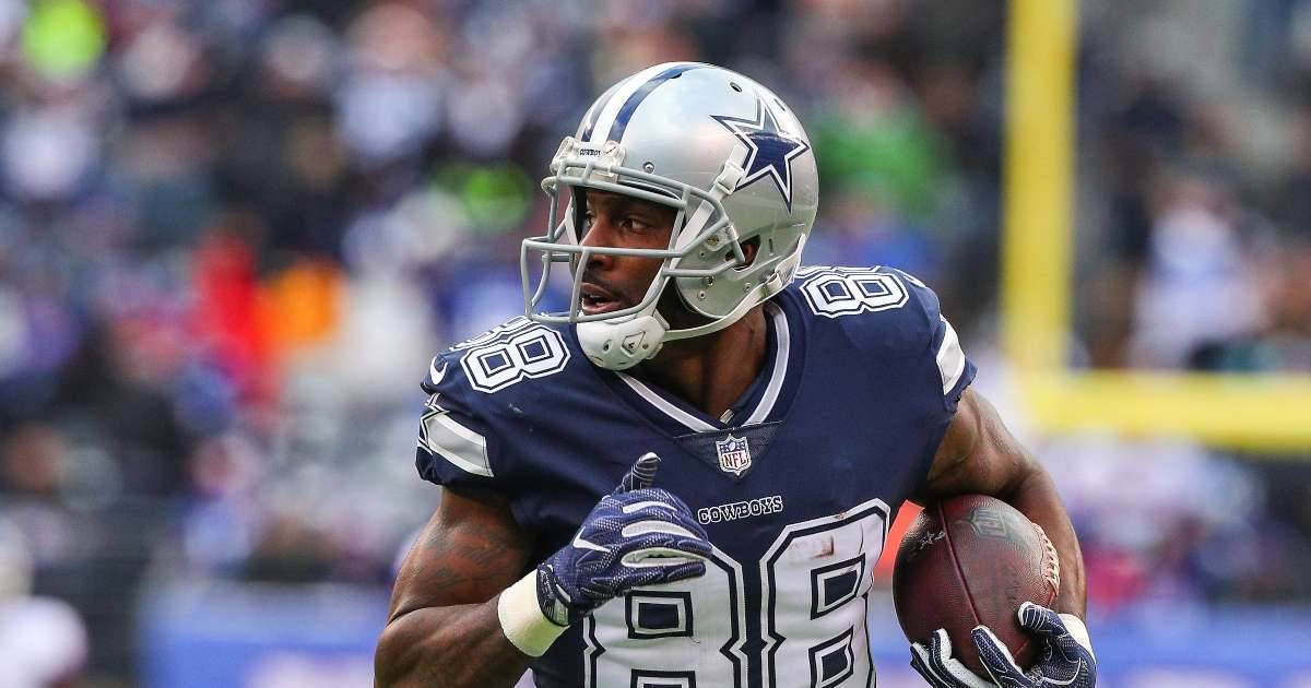 Ravens looking sign Dez Bryant