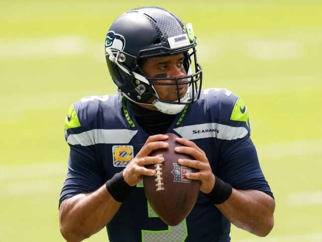 Russell Wilson Makes Push for Seahawks to Sign Antonio Brown