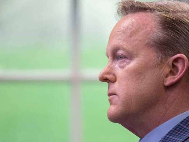 Sean Spicer Mocked for Tweet About White House's Positive COVID-19 Tests