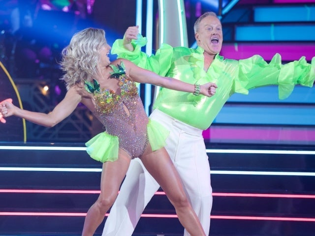 Sean Spicer Slammed With 'DWTS' Jokes After Calling Succession Stories 'Completely Ridiculous'