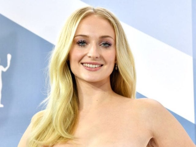 Sophie Turner Applauds Blake Lively After She Shares Her Post-Baby Body Struggles
