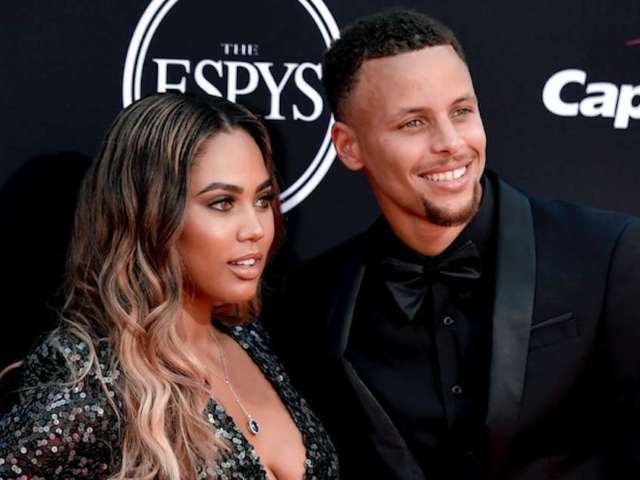 Stephen Curry Reacts to Wife Ayesha's New Blonde Hair