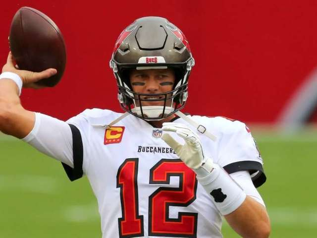 'Thursday Night Football': How to Watch Buccaneers vs. Bears