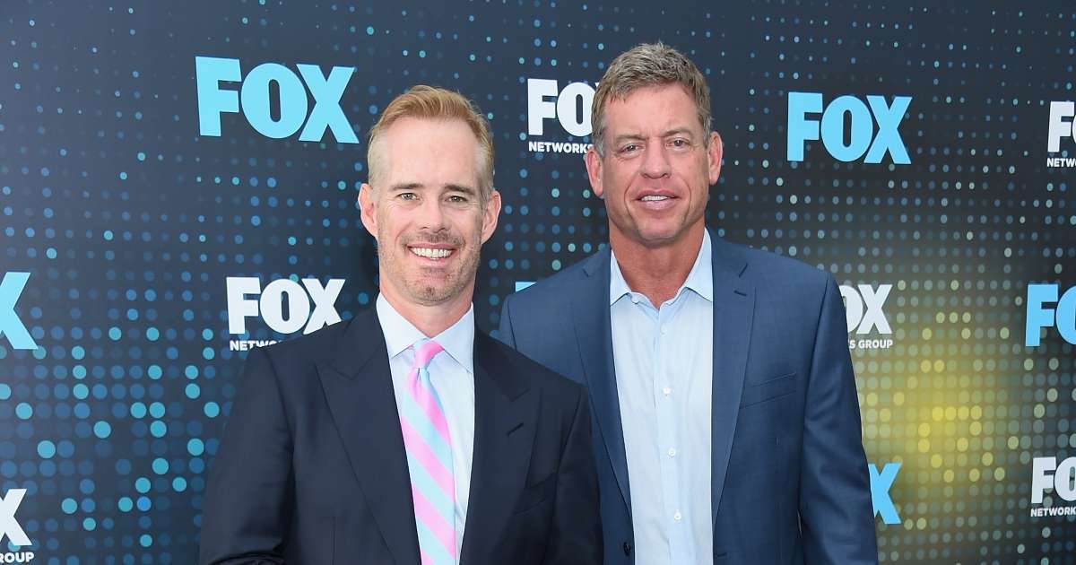 Troy Aikman Joe Buck caught hot mic slamming military flyover Packers Bucs