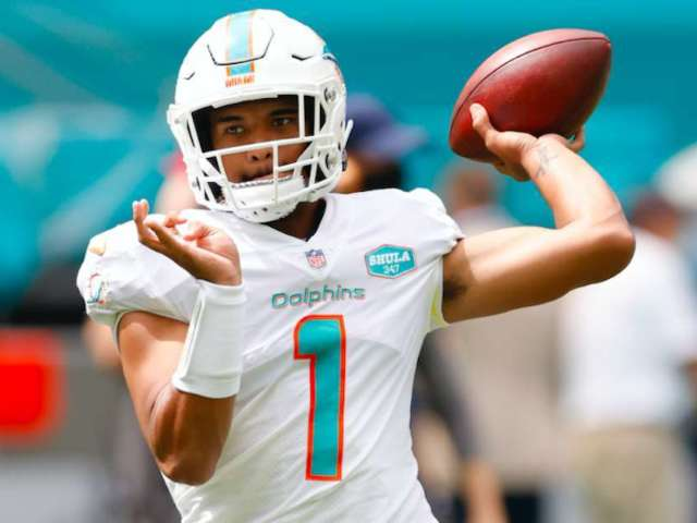Dolphins' Tua Tagovailoa Immortalizes First NFL Snaps Nearly One Year After Dislocated Hip
