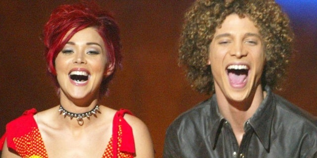 american-idol-season-1-Justin-Guarini-Nikki-McKibbin-getty