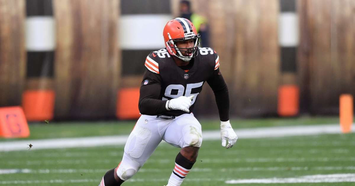 Browns Myles Garrett placed on reserve COVID-19 list