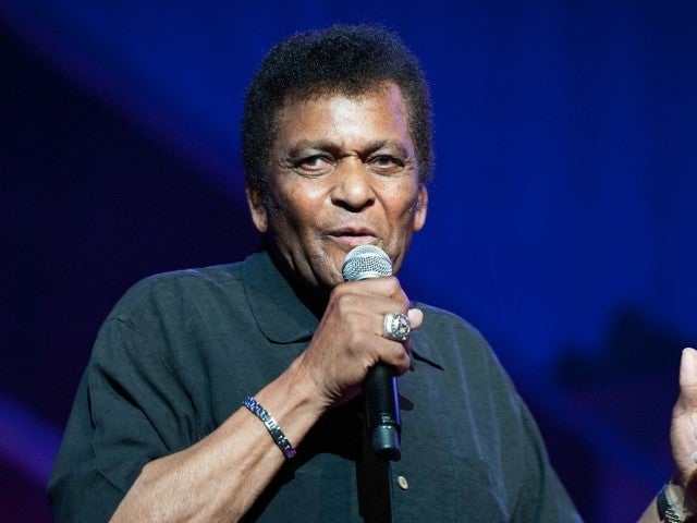 Charley Pride Performed at CMA Awards Just 1 Month Before His Death